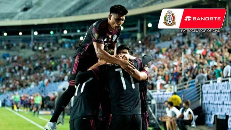 Celebración del Tri en el primer gol de Funes Mori
