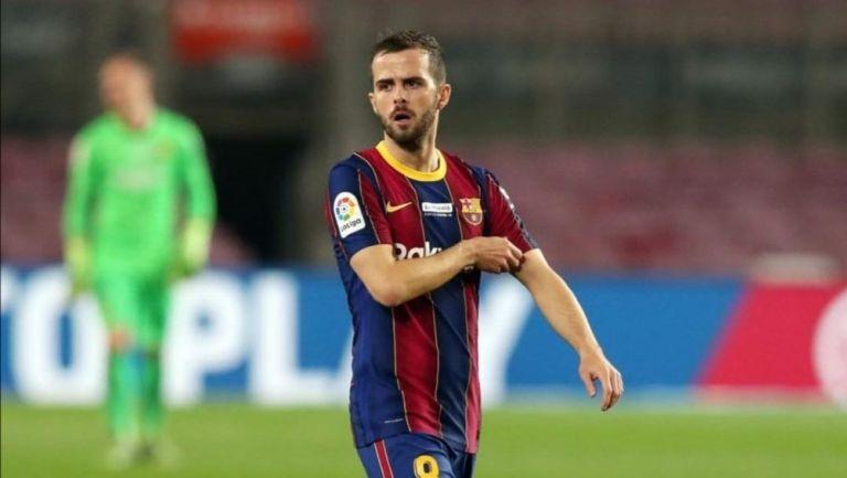 Miralem Pjanic durante partido del Barcelona
