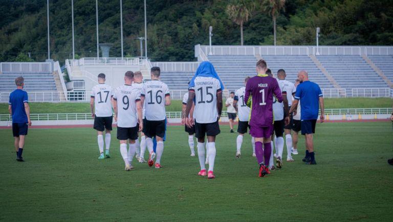 Selección de Alemania sale del partido amistoso frente a Honduras