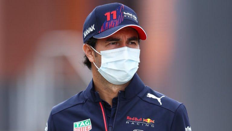Checo Pérez llega al Gran Premio de Gran Bretaña