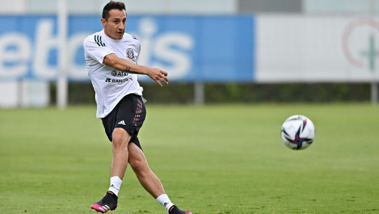 Andrés Guardado se incorpora a la pretemporada del Real Betis