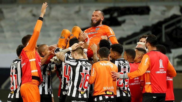 Jugadores del Mineiro celebrando clasificación en Libertadores
