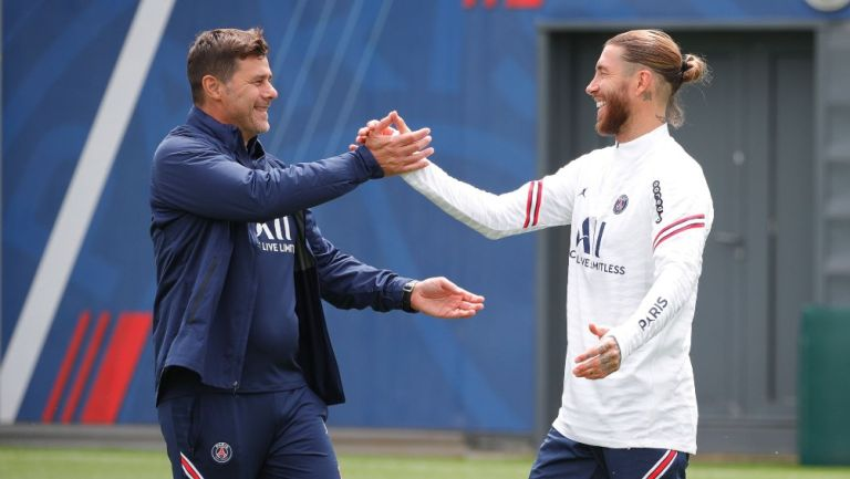 Mauricio Pochettino saluda a Sergio Ramos