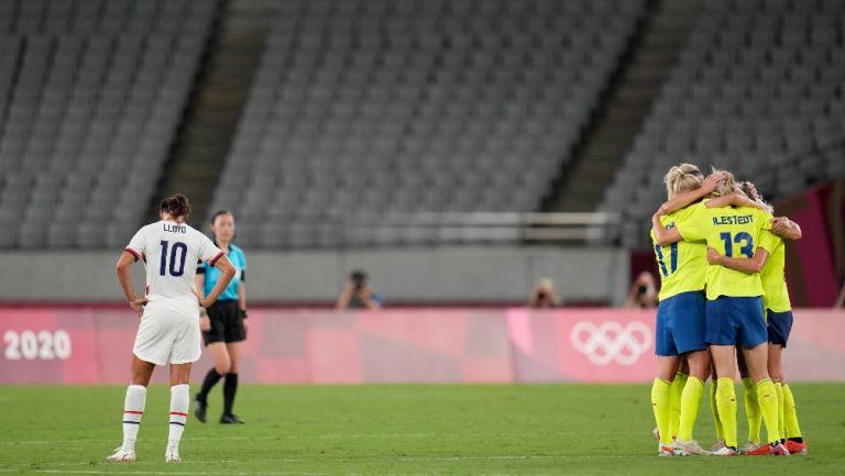 Jugadoras de la Selección de Suecia celebra la victoria en Tokio 2020