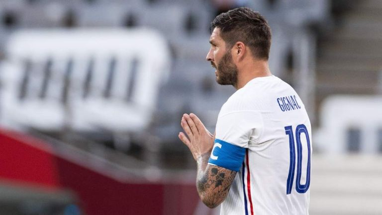 Gignac no celebra gol