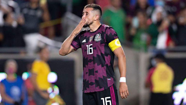 Héctor Herrera en partido