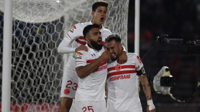 Jugadores de Toluca en festejo