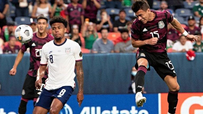 Moreno remata de cabeza en el último juego contra EU