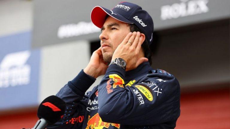 Checo Pérez tras una carrera de Red Bull