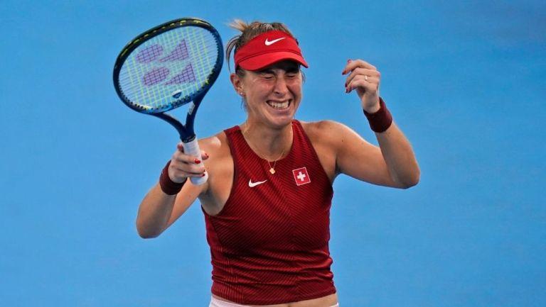 Belinda Bencic avanza a dos finales de tenis en Tokio 2020; buscará ser la segunda tenista con dos medallas de oro en la misma edición