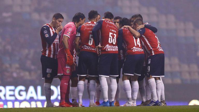 Chivas: Vucetich sacudió la alineación para juego contra Puebla