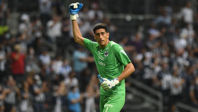 Esteban Andrada en acción con Rayados