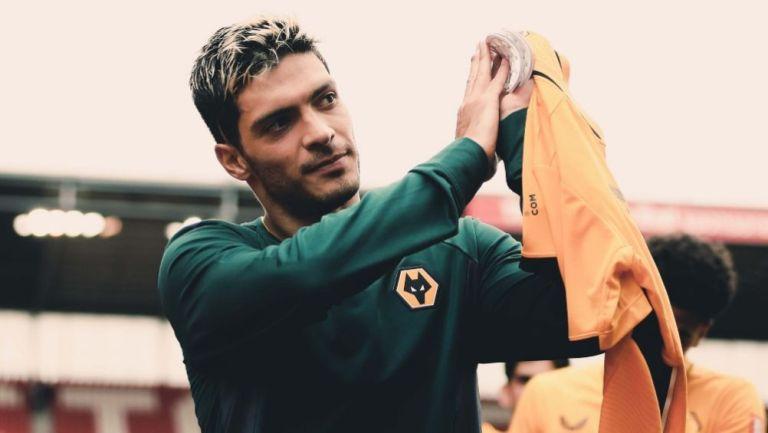 Raúl Jiménez en tras el duelo entre el Wolverhampton y el Stoke City