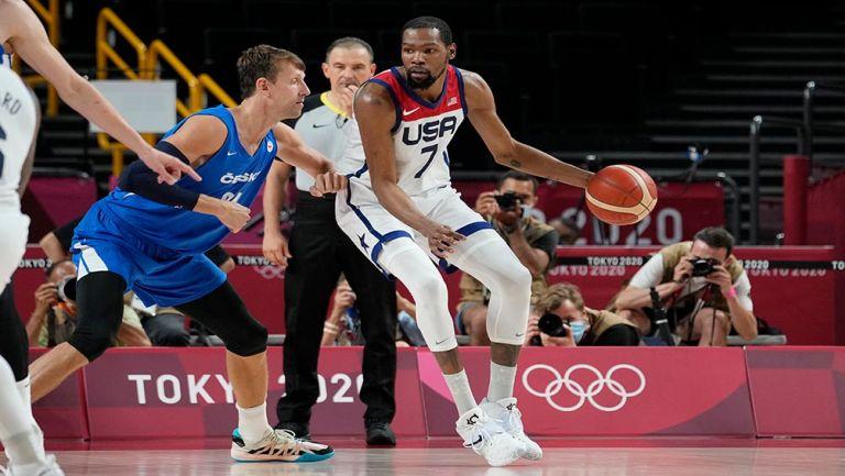 Kevin Durant en el partido de Estados Unidos vs República Checa