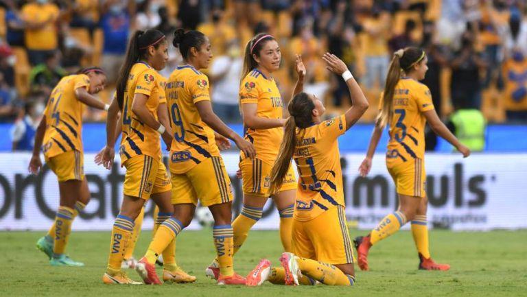 Liga MX Femenil: Tigres goleó a Necaxa 8-1 y son más líderes que nunca