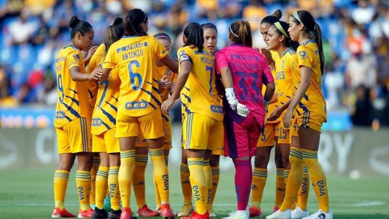 Jugadoras de Tigres en un partido