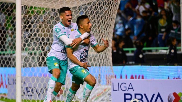 Ángel Mena celebra el agónica empate vs Santos