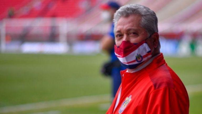 Víctor Manuel Vucetich, técnico de Chivas