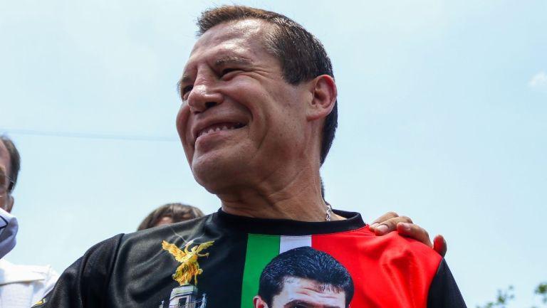 Julio César Chávez durante un entrenamiento público