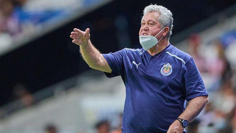 Víctor Manuel Vucetich en el Rayados vs Chivas