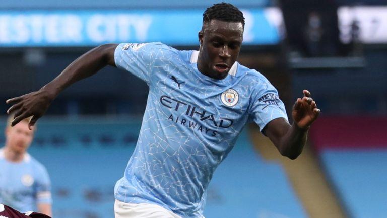 Benjamin Mendy en acción con el Manchester City