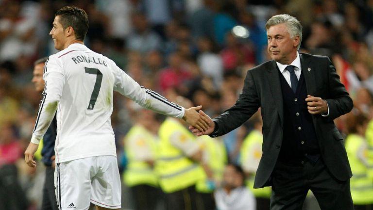 Cristiano Ronaldo durante partido junto a Carlo Ancelotti