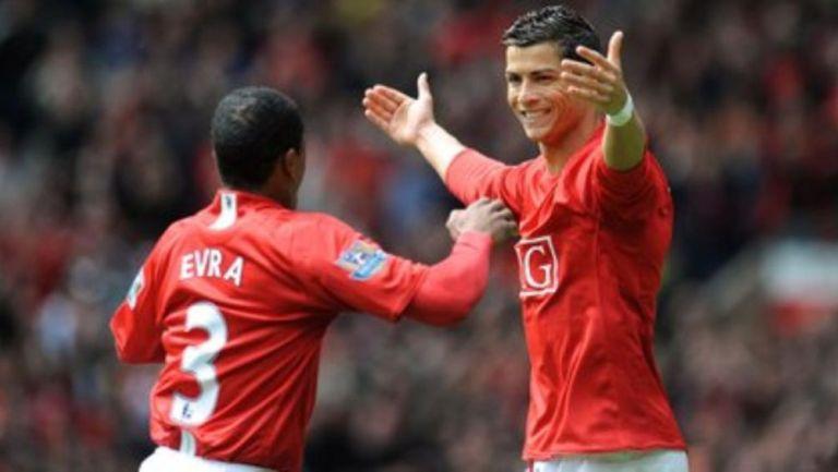 Evra y Cristiano Ronaldo como jugadores del Manchester United