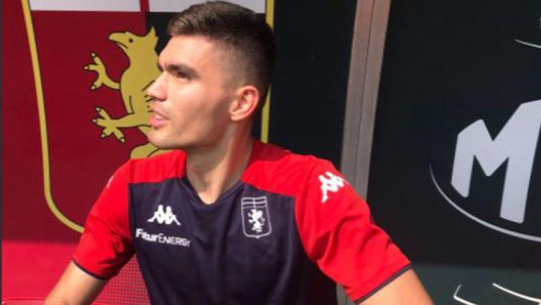 Johan Vásquez en primer entrenamiento del Genoa