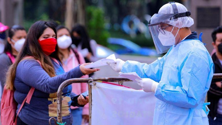 México registró 17 mil 546 nuevos casos de Covid-19; muertes sumaron 756