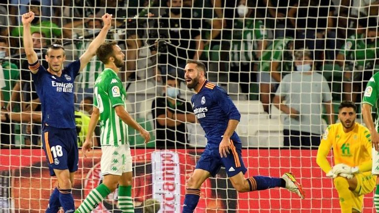 Carvajal celebrando su gol vs el Betis