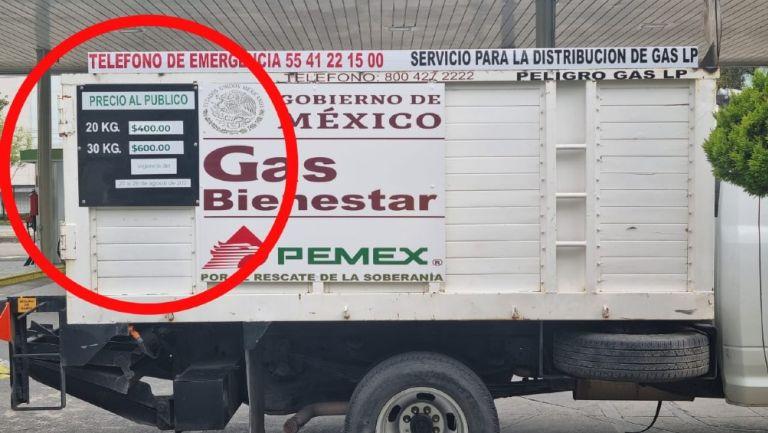 Camión del Gas Bienestar con los precios de los tanques