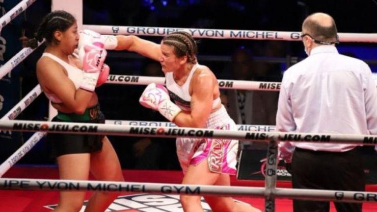Jeanette Zacarías en pelea contra Marie Pier