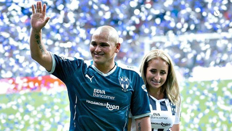 Suazo vuelve a Monterrey