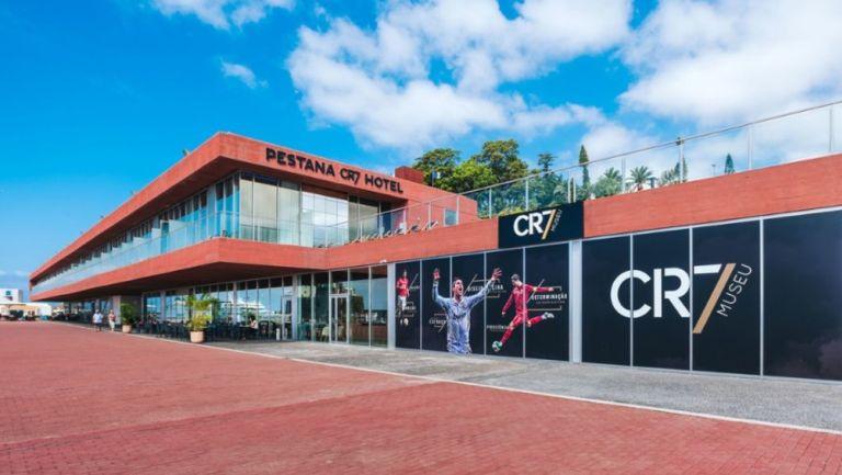 Cristiano Ronaldo abrirá nuevo hotel de su cadena en Manchester