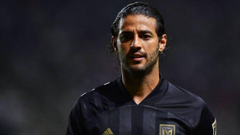 Carlos Vela durante un partido