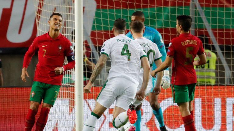 Cristiano Ronaldo falló un penal ante Irlanda