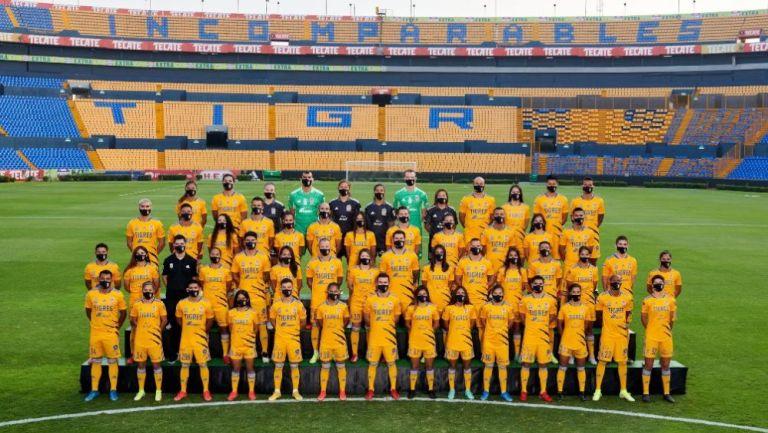 Foto oficial de Tigres para la temporada 21-22