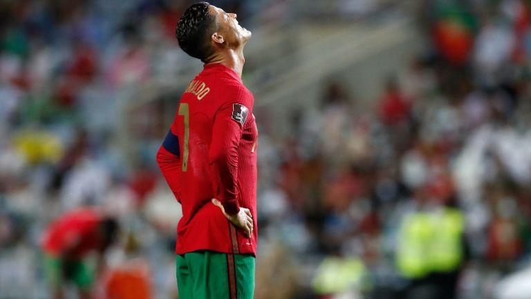 Cristiano Ronaldo reacciona durante el partido de Portugal contra Irlanda