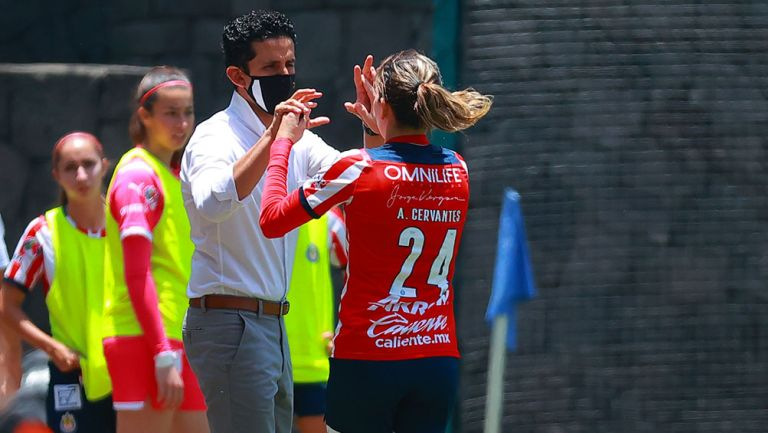 El Chore Mejía junto a Alicia Cervantes