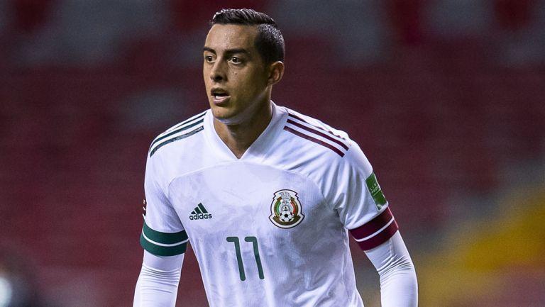 Funes Mori, en acción con la Selección Mexicana