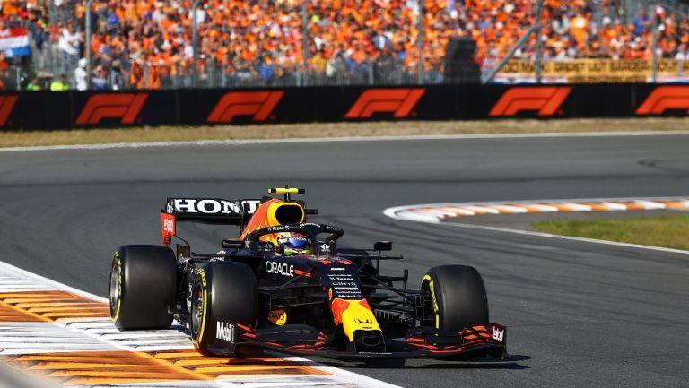Checo Pérez se quejó de Lando Norris en GP de Países Bajos: 'Fue más allá del límite'