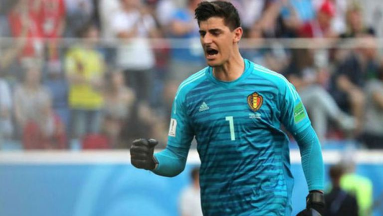 Thibaut Courtois durante el duelo con Bélgica