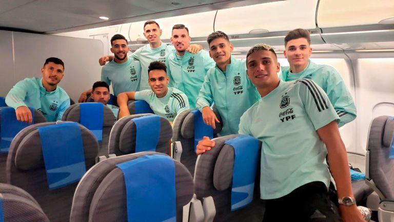 Selección Argentina regresó a su país tras escándalo de partido vs Brasil