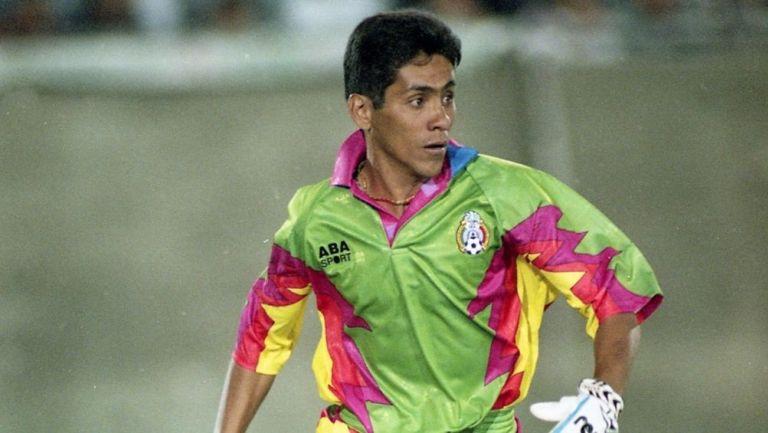 Jorge Campos en su etapa como jugador