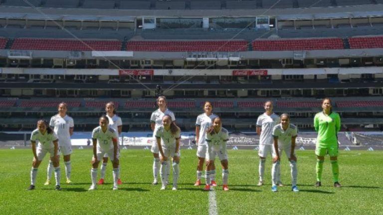 Selección Mexicana Femenil previo a juego ante Costa Rica en el Estadio Azteca