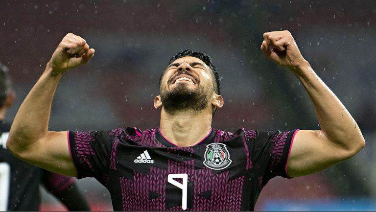 Selección Mexicana: Oribe Peralta ve a Henry Martín como su sucesor