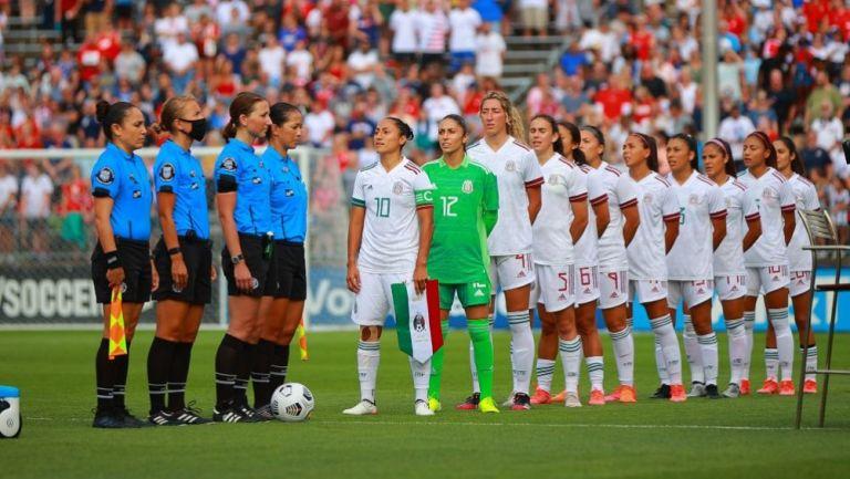 Tri Femenil previo a un partido