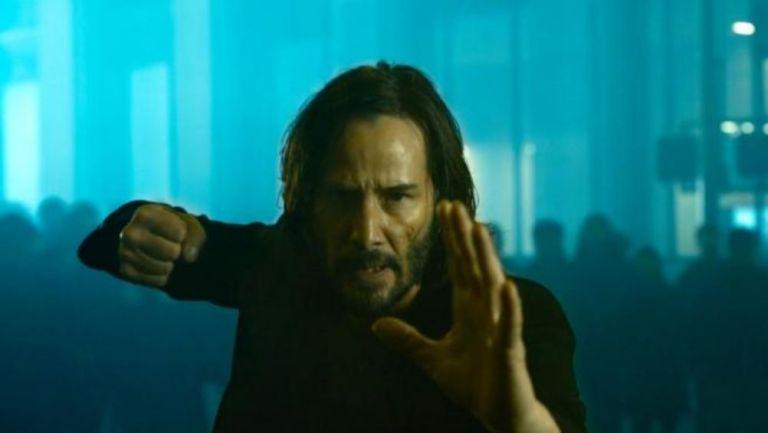 Neo en el nuevo tráiler de Matrix Resurrections