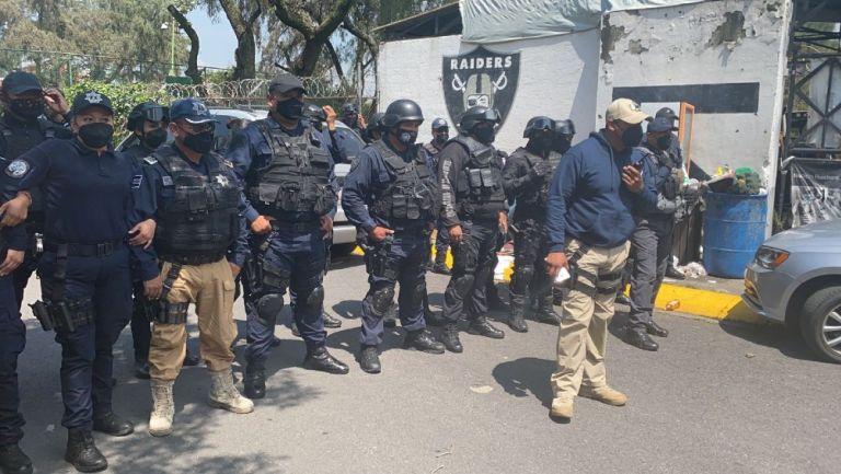 Raiders de Arboledas se enfrentaron a golpes con policías de Atizapán