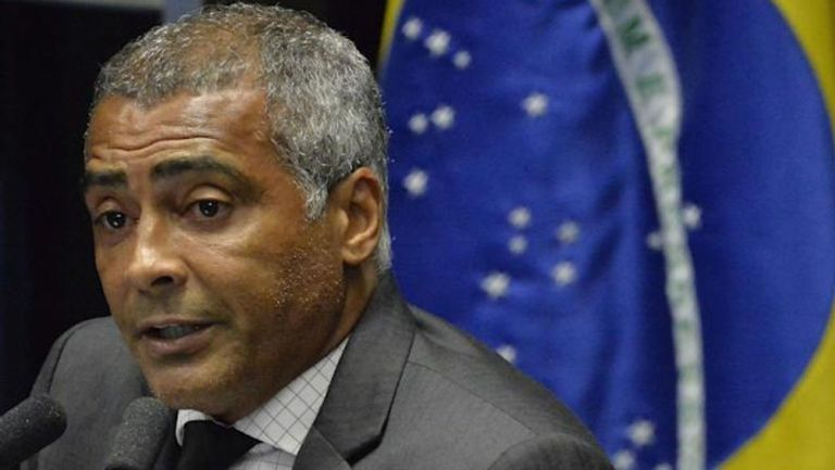 Romario de Souza en su faceta como senador